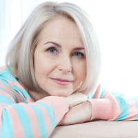 7 Natural Ways To Tackle Early Signs of Menopause